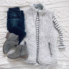 Perfect winter outfit - 42 Totally Perfect Winter Outfits Ideas You Will Love – Perfect winter outfit Fall Winter Outfits, Autumn Winter Fashion, Winter Clothes, Winter Wear, Women's Clothes, 2016 Winter, Clothes Shops, Clothes Sale, Mens Winter