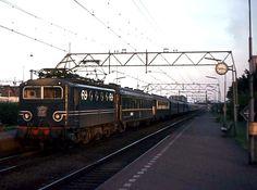 NS Station zuid Rotterdam Loc 1146 1974 Rotterdam, Locs, Dutch, Trains, Historia, Nostalgia, Dutch Language, Goddess Braids, Train