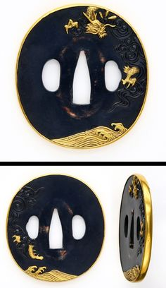 Late edo period On the round shape Shakudo plate, dragon and waves are carved