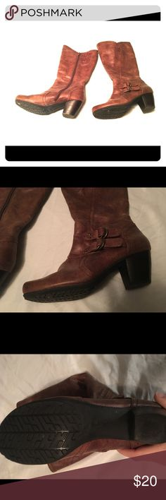 Bare Trap Hansen Boots 8m Size 8 m Excellent condition Bear Trap Handel Boots Calf high decorative side buckles and studs 1 3/4 inch heel distressed brown fabric upper give the look of real leather Bear Trap Shoes Heeled Boots