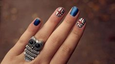 Cute British flag nails