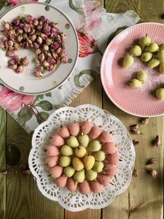 Persian Mulberry Marzipan (Tūt/Toot) Recipe and a Little About Nowruz & Haft Seen – arabicsweets Iranian Cuisine, Iranian Food, Iranian Chicken Recipe, Vegetarian Recipes Easy, Dog Food Recipes, Haft Seen, Desserts Around The World, New Years Cookies, Dairy Free Treats