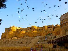 Das magische Jaisalmer ist ein lohnenswertes Reiseziel in Rajasthan, Indien