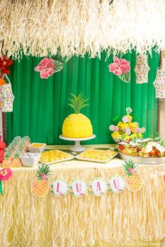 """Loads of DIY """"Party like a pineapple"""" party ideas and fun. Chock full of ideas for your luau or pineapple party. How do you party like a pineapple? Hawaiian Birthday, Luau Birthday, Birthday Parties, Cake Birthday, Birthday Ideas, Summer Birthday, 13th Birthday, Themed Parties, Happy Birthday"""