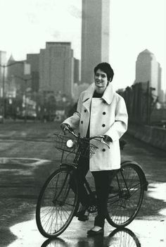 Celebrity Bike Style: Winona Ryder