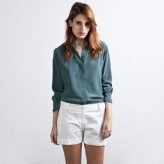 Everlane Silk Blouse Rare Mint Color - Medium Gorgeous spearmint color. Bought used, but only wore once. On Ⓜ️ erc. Everlane Tops Blouses