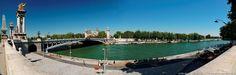 Le Pont Alexandre III et la  Seine  - (assemblage panoramique HD) Paris, France