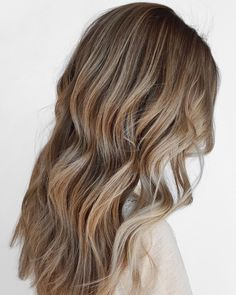 used BLONDME Premium Lightener with 20 Vol. to lift creating Everything was toned with & with 6 Vol. Light Blonde Hair, Blonde Wavy Hair, Schwarzkopf Professional, Natural Hair Styles, Long Hair Styles, Hair Goals, Hairdresser, Content, Tea