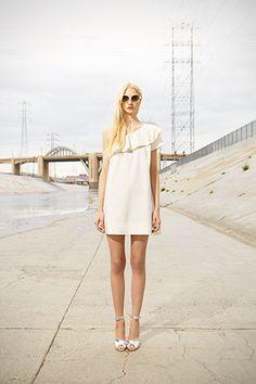 Need this Club Monaco dress from their Spring Collection. I die. Club Monaco, Dressing, Dress Me Up, Fashion Photo, Pretty Dresses, Editorial Fashion, White Dress, Street Style, Style Inspiration