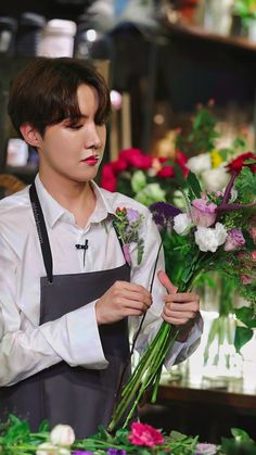 """RUN BTS! Ep 99 Behind the scene the brightest prince J-Hope/ Jung Hoseok/ Hobi lockscreens/ wallpapers."