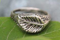 Vintage Artisan Sterling Silver Leaf Ring – Yourgreatfinds