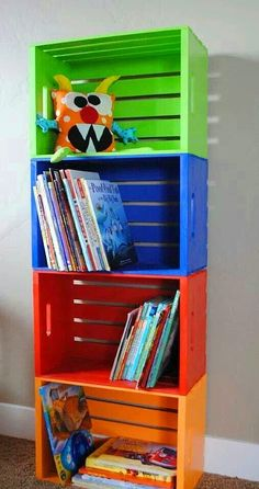 hacer una estantería infantil barata y original Wooden crates from Michael's, and painted to make book shelves, or toy storage. {Playroom Idea}Wooden crates from Michael's, and painted to make book shelves, or toy storage. Toy Rooms, Kids Rooms, Room Kids, Small Rooms, Boys Playroom Ideas, Boys Room Paint Ideas, Toddler Boy Room Ideas, Little Boy Bedroom Ideas, Kids Church Rooms