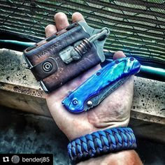 Customer Photo By: #Repost @benderj85 Light Friday carry!! #zt0566 with #mmans0311esw #mmans0311weps with a custom blue scale #trayvaxelement with #KrazyBead #knottydans #offroad bracelet #knifecommunity #knifestagram #edcgear #edccommunity #everydaycarry #everydaydump #edc #wallet #knife #paracord #paracordbracelet #lanyardbead #ztknives #zerotoleranceknives #trayvax #trayvaxwallet