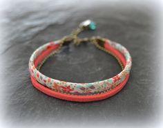 """Bracelet Liberty """"Eve"""" et suédine corail  : Bracelet par lounath-fantaisie-et-liberty"""