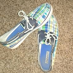 Must Go!!!  REDUCED! Multi-colored Sperrys Cloth faded around the edge and needs scrubbed clean. Overall great condition lots of life left. Make me an offer Sperry Top-Sider Shoes Flats & Loafers