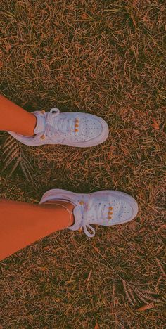 Source by force 1 beads Nike Shoes Air Force, Nike Air Force Ones, Aesthetic Shoes, Aesthetic Clothes, Estilo Indie, Beaded Shoes, Nike Kicks, Diy Vetement, Hype Shoes