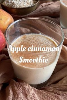 Apple Cinnamon Smoothie, Apple Smoothie Recipes, Healthy Juice Recipes, Healthy Drinks, Tasty Healthy Meals, Best Healthy Smoothie Recipe, Chocolate Smoothie Recipes, Apple Smoothies, Healthy Shakes