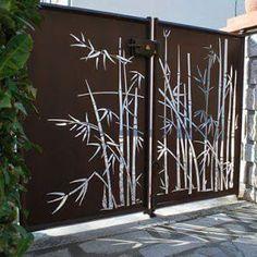 compound wall gate designs using cnc cutting Main Gate Design, Door Gate Design, Fence Design, Metal Gates, Metal Screen, Metal Garden Gates, Outdoor Screens, Outdoor Walls, Compound Wall Gate Design