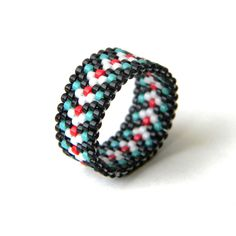 Оригинальное женское кольцо в стиле этно