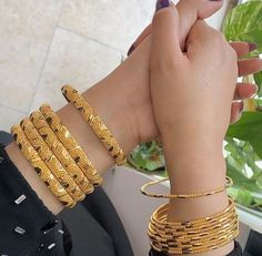 Ali Baba Selani Gold and diamond suppliers Dubai. Dubai Gold Jewelry, Gold Rings Jewelry, Dubai Gold Bangles, New Jewellery Design, Gold Bangles Design, Bridal Jewellery, Gold Mangalsutra Designs, Gold Plated Bangles, Ali Baba