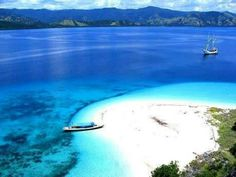 Gili - Air . White sand beach.