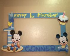 Photo Booth Frame To Take Pictures Baby Mickey First Birthday Festa Mickey Baby, Mickey Mouse Birthday Theme, Mickey 1st Birthdays, Fiesta Mickey Mouse, Baby Mickey Mouse, Mickey Mouse Parties, Mickey Party, Party Photo Frame, Birthday Photo Frame