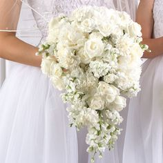 see pictures describing each type of wedding bouquet design. Website for DIY bride with step-by-step instructions, supplies, and more for your wedding flowers. Cascading Wedding Bouquets, Cascade Bouquet, White Wedding Flowers, Bride Bouquets, Bridal Flowers, Flower Bouquet Wedding, Floral Wedding, White Bridal, Cascading Flowers