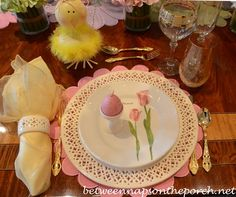 Between Naps on the Porch | Easter Spring Table Setting | http://betweennapsontheporch.net