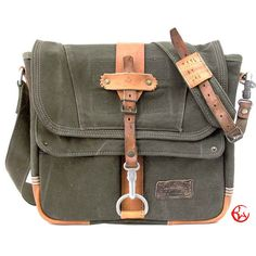 Canvas Messenger Bag // Upcycled and Handmade by peace4you - Model paul-1907