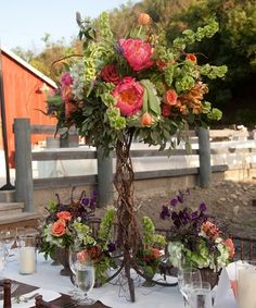 love love love the curly willow!!!! and the colors its  soo sweet!!