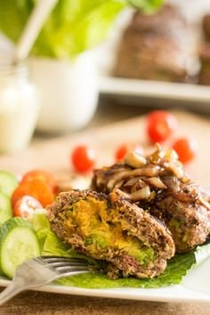 Avocado Stuffed Burger by Each bite is packed with flavor! Avocado and Spicy Mayo Stuffed Burgers. Beef Recipes, Cooking Recipes, Healthy Recipes, Hamburger Recipes, Paleo Meals, Healthy Dinners, Great Recipes, Favorite Recipes, Yummy Recipes