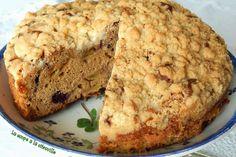 Recette de Gâteau crumble aux pommes irlandais - Irish apple crumble cake with blackberries : la recette facile