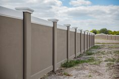 See examples of our completed precast concrete wall & fence projects in Florida and Texas. Bungalow Haus Design, Fence Wall Design, Front Wall Design, House Fence Design, Exterior Wall Design, Modern Fence Design, Door Gate Design, Village House Design, Concrete Fence Wall