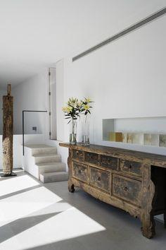 WABI SABI Scandinavia - Design, Art and DIY.: Add wood! Appreciating worn finishes...