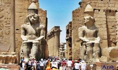 Tourist guide reveals methods of tourist attractions