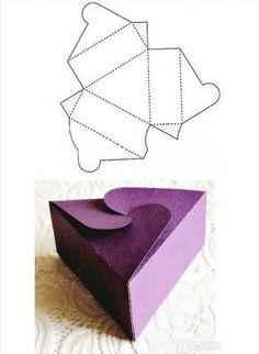 DIY Gift box 只要照著型板裁剪 , 壓出折線 ( 虛線部位 ) ,就可以做出漂亮的盒子 。 大小尺寸可以自行放大或縮小。