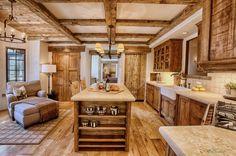 Küche Holz Landhaus Landhausstil Holzküche rustikal gemütlich Balken