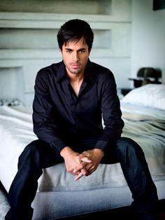 Enrique - Latino hot.