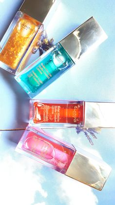 Color your summer with @clarinscanada Lip Comfort Oil variety