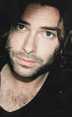 Aidan Turner...why must you haunt me with your gorgeous face?