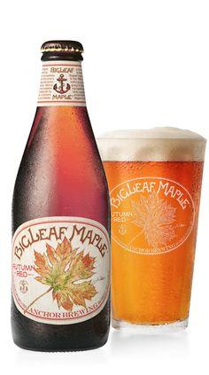 Cerveja Bigleaf Maple Autumn Red, estilo American Amber Ale, produzida por Anchor Brewing Company, Estados Unidos. 6% ABV de álcool.