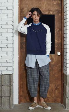"[Sewing Boundaries 2014 FW] 소윙바운더리 2014 FW ""Good Luck To you"" 하동호 디자이너 , 모델 조민호 : 네이버 블로그 ---- [Sewing Boundaries 2014 FW] boundary sowing 2014 FW ""Good Luck To you"" hadongho designer, model, Jo Min-ho: Naver Blog - Pro Fashional Man - P. F. M."