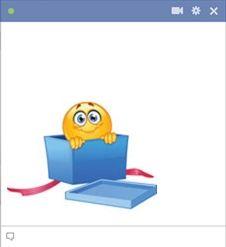 visage souriant mignon pour le chat facebook