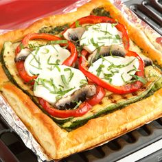 ... Pizzas on Pinterest | Puff pastries, Pizza and Puff pastry recipes