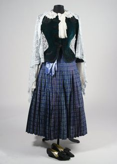 Trolley dress from Meet  Me in St Louis, I wish it was pressed with the pleats and shiney like it was in the movie, the plaid colors were stunning.