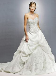 Tulle_Strapless_Sweetheart_A-line_Wedding_Dress