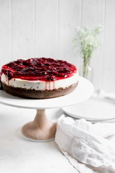 How to make the Perfect Cheesecake {a step-by-step recipe} - Broma Bakery Delicious Desserts, Dessert Recipes, Unique Desserts, Kraft Recipes, Sweet Desserts, Broma Bakery, Cake Photography, Baked Goods, A Table
