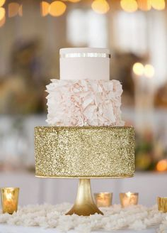 gold glitter sparkle peach and cream wedding cake