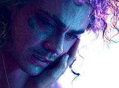 Watch Stranger Things, Stranger Things Actors, Stranger Things Steve, Stranger Things Season 3, Dr Brenner Stranger Things, Colorful Movie, Dacre Montgomery, Steve Harrington, Very Scary