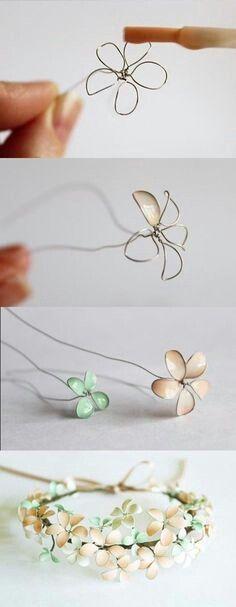 Blumen aus Draht und Nagellack